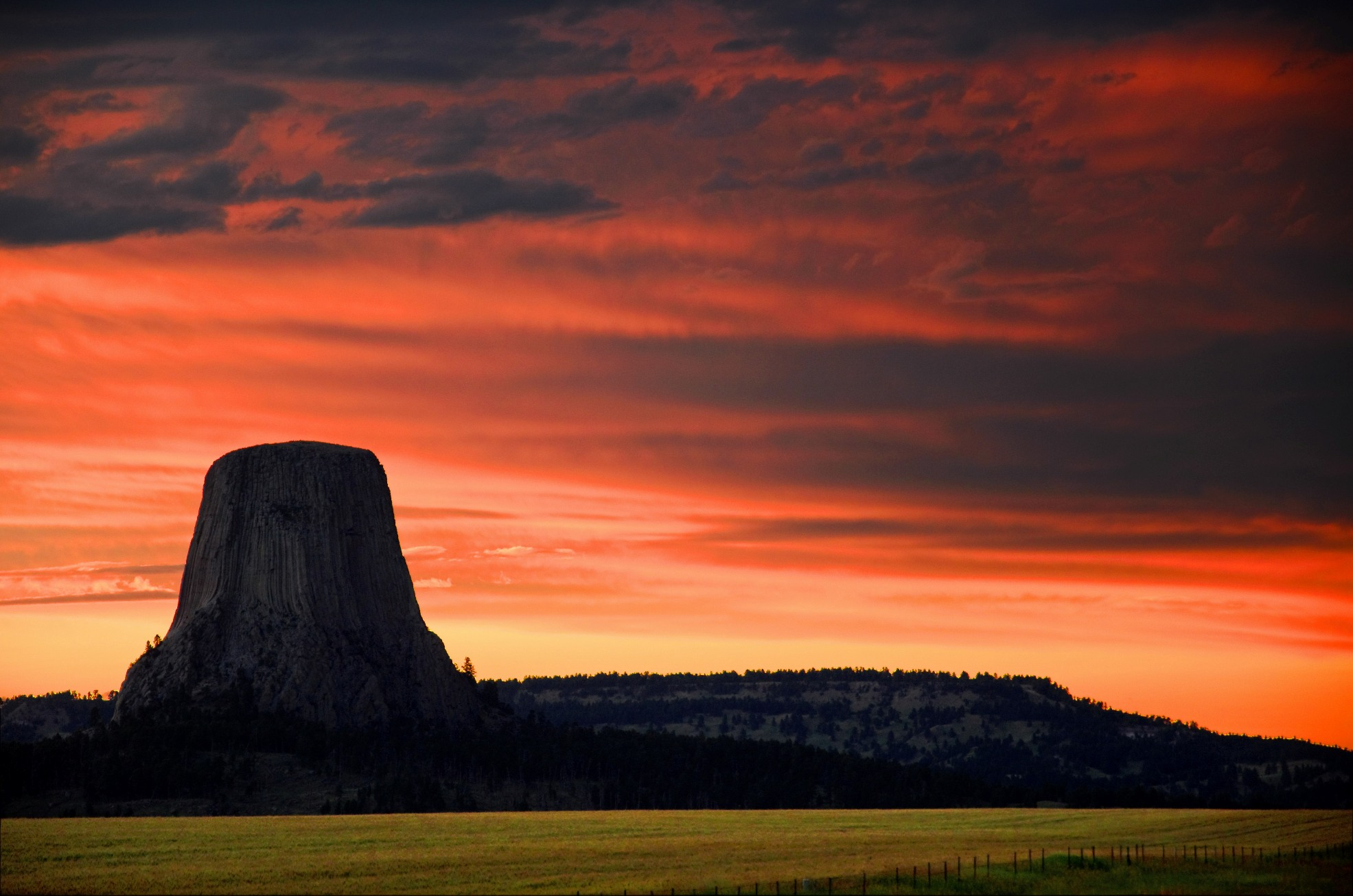 Devils Tower Wy >> Photo of the Day: Devils Tower | Everywhere Once