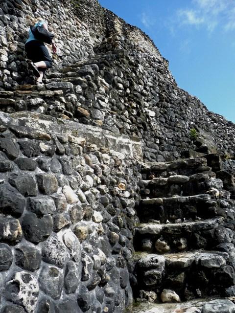 Xunantunich Stairs, Belize