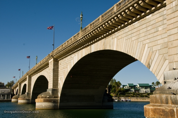London Bridge is . . . in Arizona?