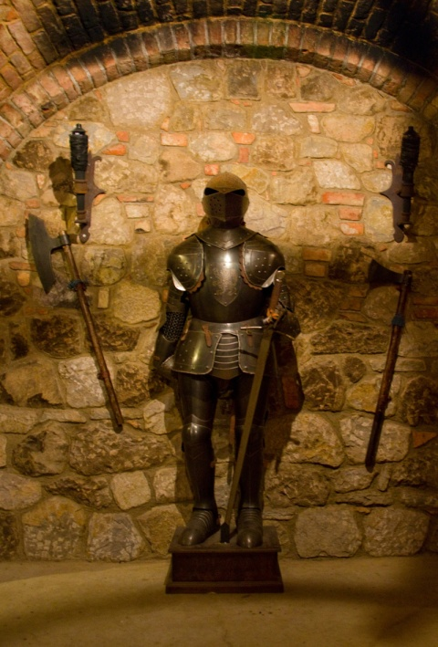 Castello di Amorosa Suit of Armor