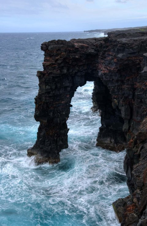 Holei Sea Arch, Volcanoes National Park, HI