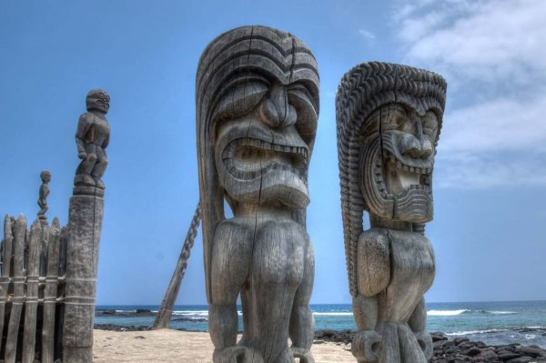 Ki'i Totems, Pu'uhonua o Honaunau National Historic Park, Hawaii