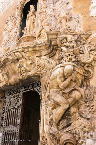 Palacio del Marques de Dos Aguas Facade