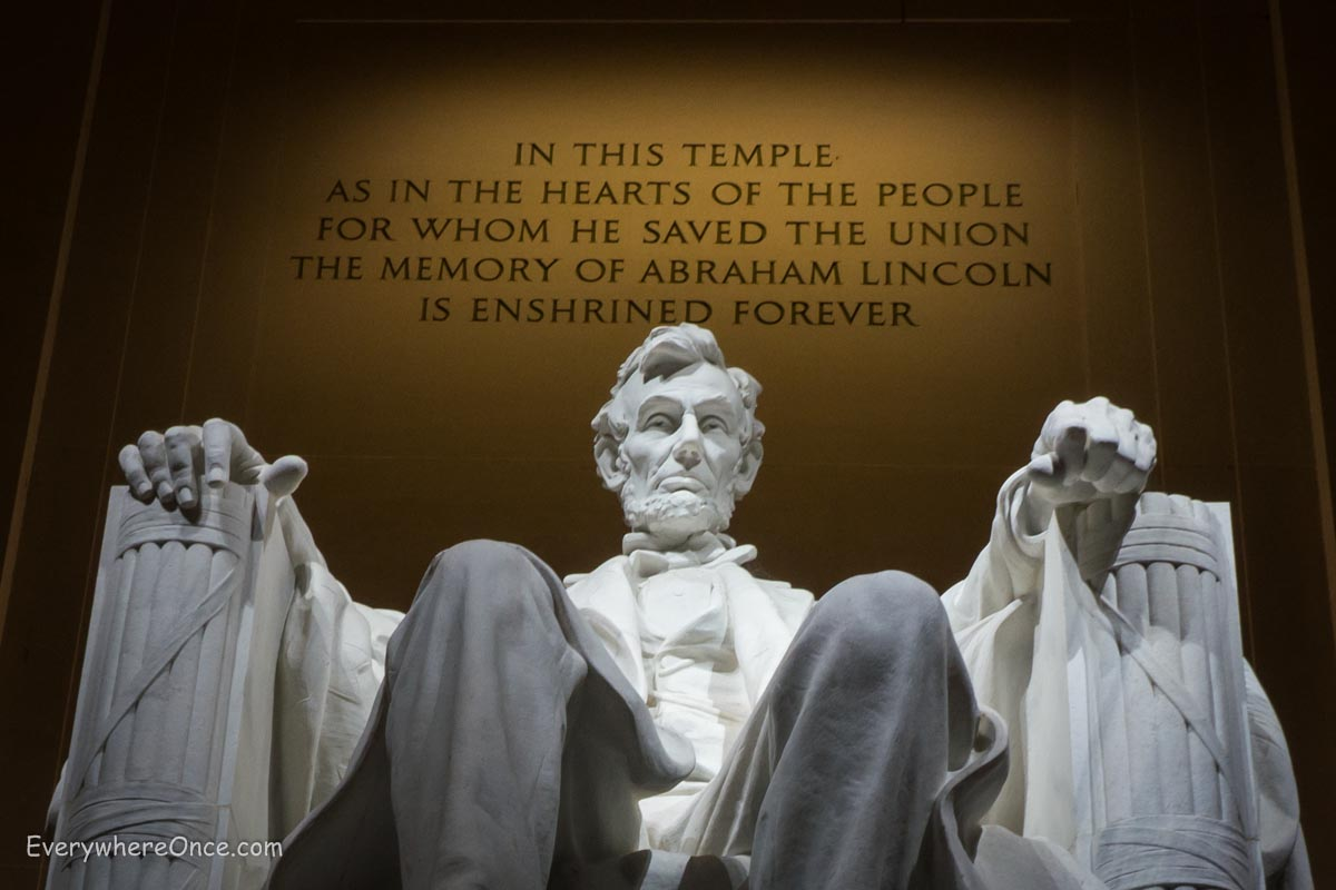 lincoln memorial Memorial day, originally known as decoration day, began just after the civil war ended and shortly after the assassination of president abraham lincoln three miles.