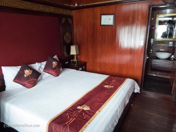 Ha Long Bay Vietnam-2